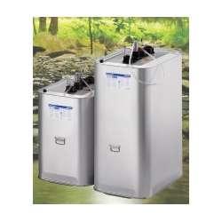 MULTITANK sin palet SCHÜTZ. La combinación de plástico y acero. Capacidades de: 200, 700 y 1000 litros.